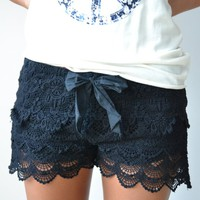 Piace Boutique - Bossanova Shorts in Bottoms