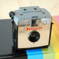 Vintage Imperial Camera Satellite 127 Mid Century Modern Retro Camera