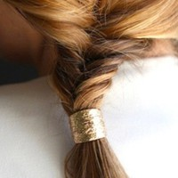 Re-do Your Up-do With the Cuff!