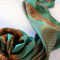 Green and Gold Satin Scarf, Tudor Rose with Paisley Border Vintage 70s or 80s