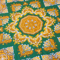 Scarf Green and Yellow Chinese Style Medallion Motif, Vintage 70s