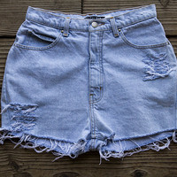 Light Wash High Waisted Levi Shorts