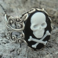 Skull Cameo Ring by ragtrader on Etsy