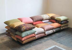 CUSHIONIZED SOFA BY CHRISTIANE HOEGNER