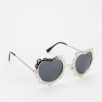 Urban Outfitters - Daisy Love Sunglasses