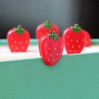 berry cute strawberry paper clips - &amp;#36;6.99 : ShopRuche.com, Vintage Inspired Clothing, Affordable Clothes, Eco friendly Fashion