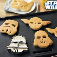 Star Wars Pancake Molds, Set of 3 Heroes and Villains: Yoda, Darth Vader, Stormtrooper: Kitchen &amp; Dining