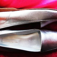 ENZO ANGIOLINI SHOES METALLIC SILVER  LEATHER LOAFERS! SIZE 9 M/40 !