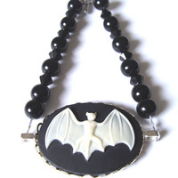 Gothic Bat Cameo Beaded Bracelet Black Beads Fashion Jewelry Girls Women