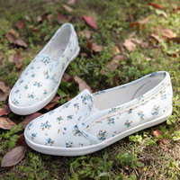 Little Flowers Lace Cavnas Shoes