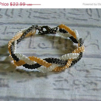 SALE Macrame friendship bracelet. Macrame jewelry in fall colors.