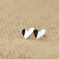 925 Sterling Silver Peace of My Heart Earrings