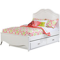 Nicolette White   5 Pc Full Bedroom