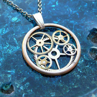 Clockwork Pendant Orbit by amechanicalmind