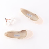 up-cycled Light Beige nubuck ballet flats.