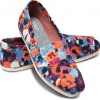 Oahu Women&#x27;s Vegan Classics | TOMS.com