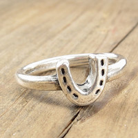 Horseshoe Ring - Lucky Charm - Silver dipped Pewter