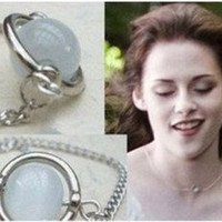 Twilight Moonstone Bella 'Meadow Run' Necklace Jewelry Breaking Dawn necklace