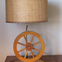 SALE Vintage Western Lamp / Wagon Wheel Lamp / Bradley Lamps / Bandera Texas / Vintage Lampshade