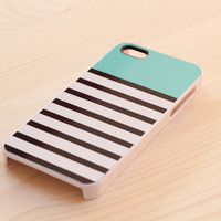 321. iPhone case - trendy stripes, mint top