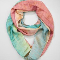 fredflare.com | 877-798-2807 | lightweight dip-dye infinity scarf