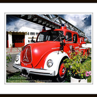 Fire Truck Oldschool 8x10 inch (20x25 cm) Boys Room Decor  Fine Art Photography - Gift Idea - PhotoByMADA