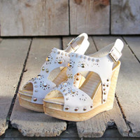 Dewmist Wedge Sandals in Sand, Sweet Rugged Boots