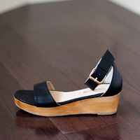 Flatform - Black Leather | Emerson Fry