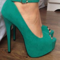 Green platform heels with buckle RRP £25 from kkarabates1