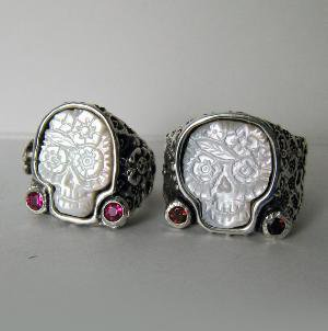 His Hers Wedding Sugar Skulls Rings Set by RXVrings on Etsy