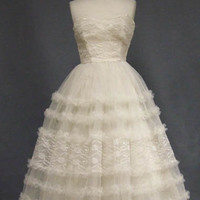 Ivory Lace & Tulle Strapless 1950's Prom Dress VINTAGEOUS VINTAGE CLOTHING