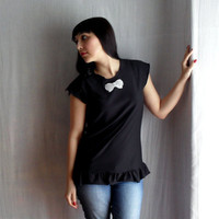 Black tshirt with ruffles and bow applique  Sizes by AliceCloset