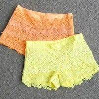 lovely and fshion lace shorts