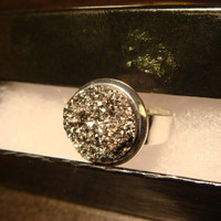 Victorian Style Silver Faux Druzy / Drusy Ring in Silver - Adjustable (1096)