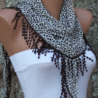 Brown Heart scarf Love Scarf  -  Cowl Scarf with  Lace Edge - Women&#x27;s fashion - fatwoman