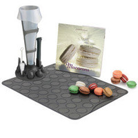The Patisserier's Macaron Making Set - Hammacher Schlemmer