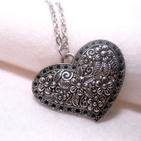 Large Pendant Heart Necklace With Flowers