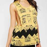 DOE Peanuts Muscle Tank Top