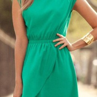 Summer Color: Emerald Green