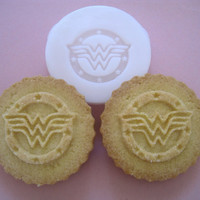 WONDER Woman inspired COOKIE STAMP recipe and instructions - make your own Super Hero Cookies