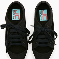 Lylas Cutout Sneaker