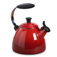 Le Creuset® Halo 1 1/2-Quart Tea Kettle - Cherry