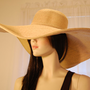 XL Brim Vintage &quot;Natural Color&quot; Ultrabraid Woman&#x27;s Sun Hat - 8.5 inch Brim / One Size