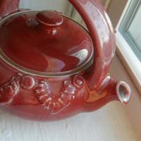 Special - Teapot 21 in Pale Red, Porcelain, with Applied Lace Texture and Generous 2-cup Capacity