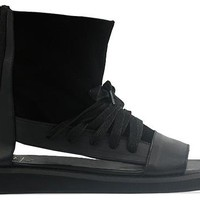 YES Revolver in Black Black at Solestruck.com