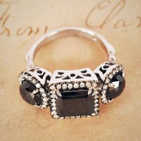 Anna Sheffield Astarte 3 Stone Ring