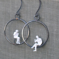 tiny people hoop earrings- black and white