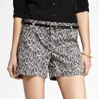 4 1/2 INCH BELTED IKAT PRINT STRETCH COTTON SHORTS