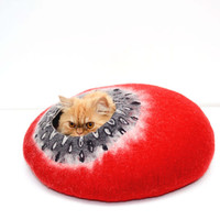 Red felted cat bed, cats cave, pet house red and black