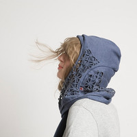 HOODED SCARF CUTOUT -unisex- &quot;Aha&quot;